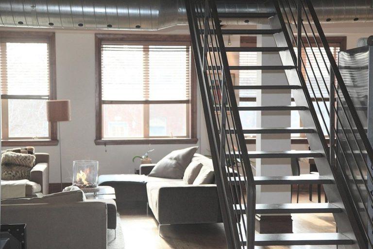 Jakie schody wybrać do swojego domu?