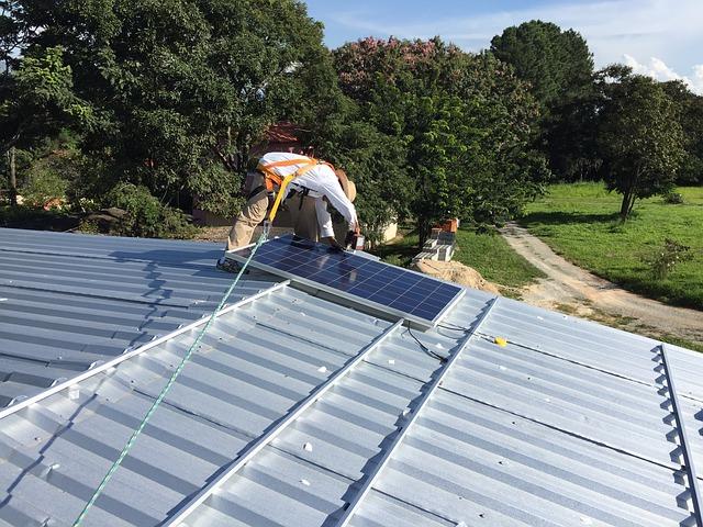 Ile miejsca na dachu potrzebujesz do instalacji paneli fotowoltaicznych?