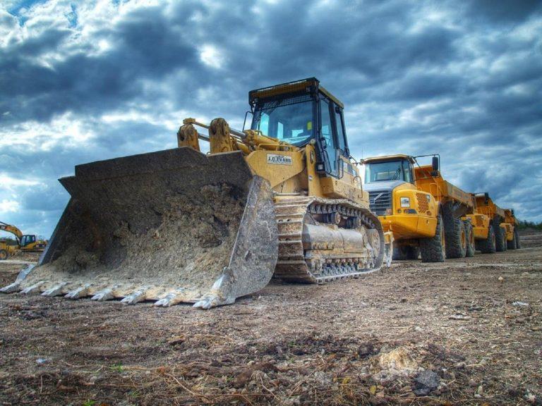 Czym kierować się przy wybieraniu firm budowlanych?